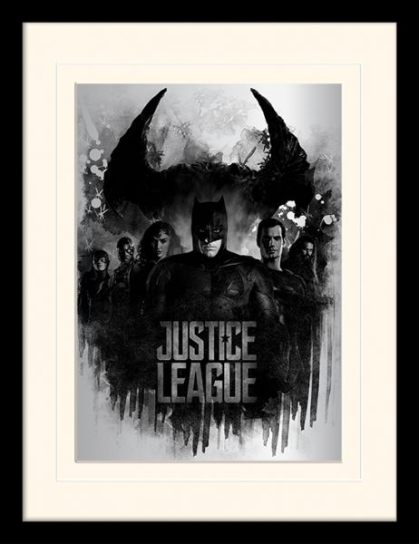 Justice League: Dark Horizon, Gerahmt